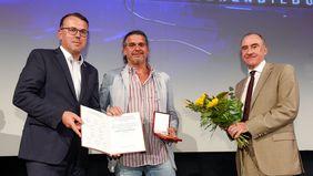 Fernsehpreis der Erwachsenenbildung. Preisträger Robert Pöcksteiner mit Günther Lengauer (ARGE BHÖ) und Michael Sturm (BFI). Foto: Thomas Jantzen/ORF