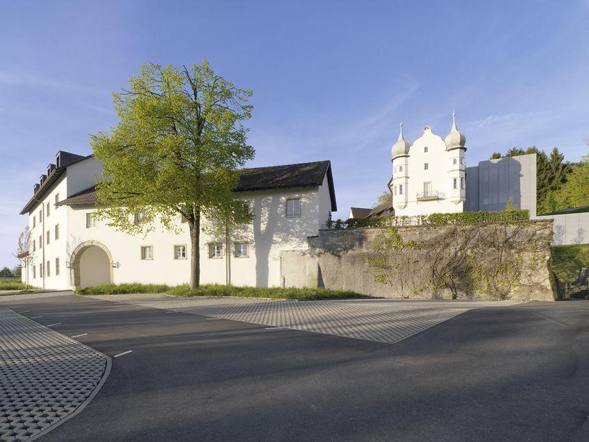 Schloss Hofen - Wissenschaft und Weiterbildung