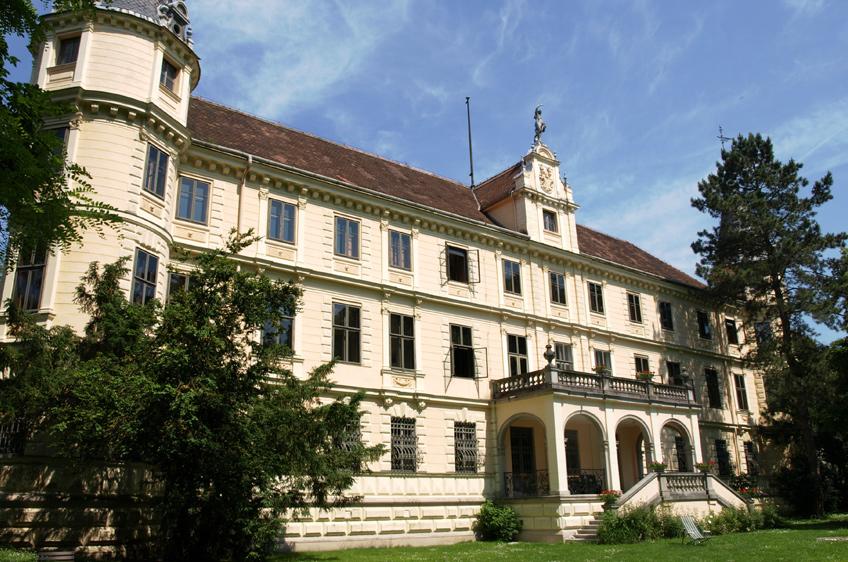 Bildungshaus Schloss Puchberg